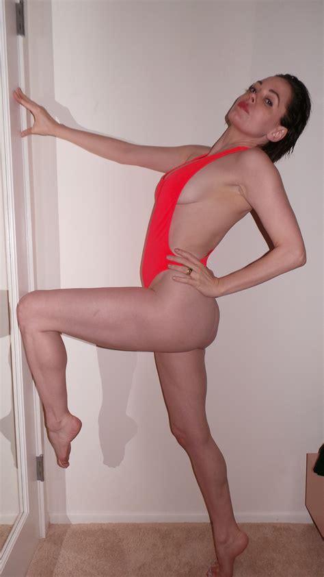 rose mcgowen porn videos jpg 2592x4608