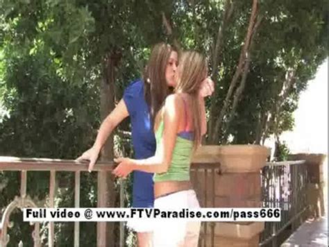 treehouse lesbians jpg 487x366